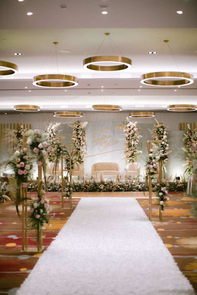 Wedding of  Andre and Stella by Holiday Inn & Suites Jakarta Gajah Mada - 018