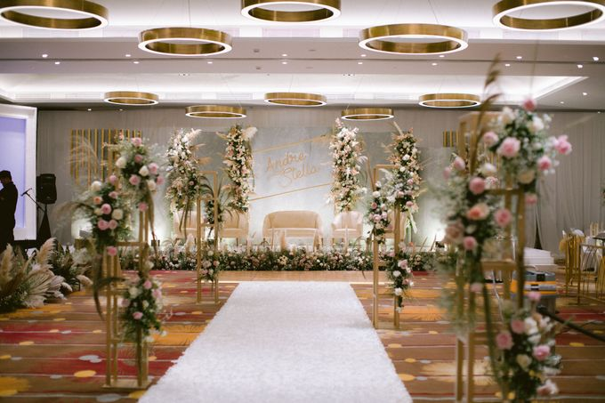 Wedding of  Andre and Stella by Holiday Inn & Suites Jakarta Gajah Mada - 019