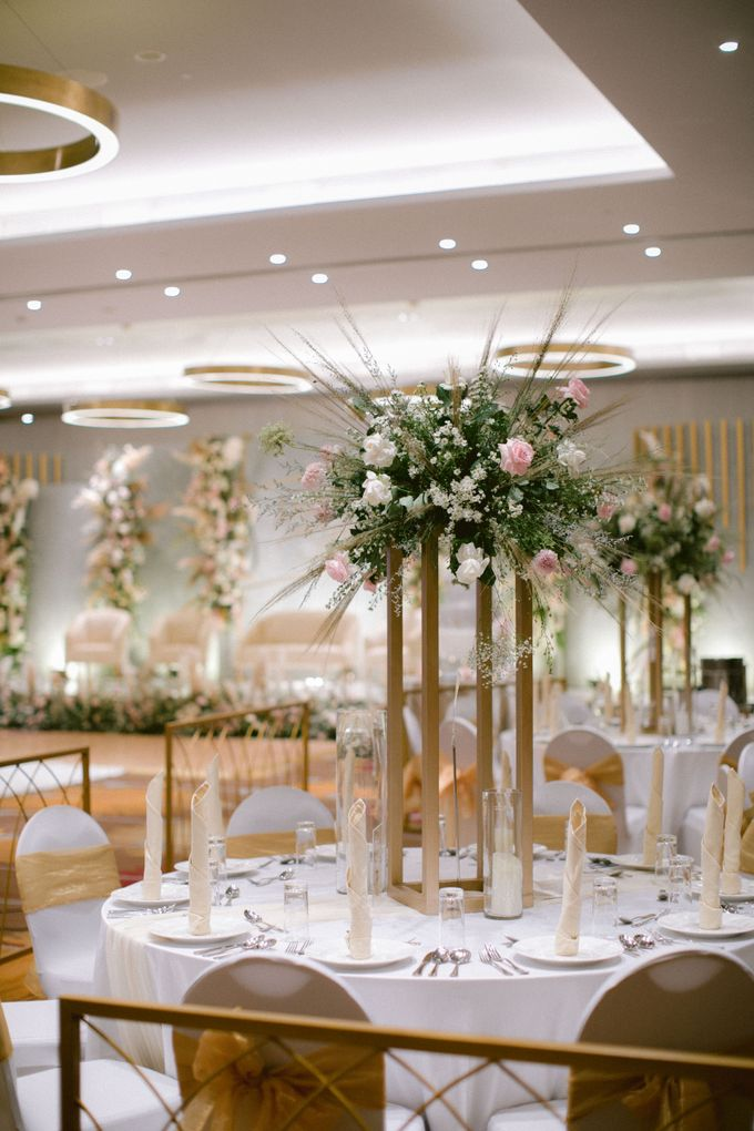 Wedding of  Andre and Stella by Holiday Inn & Suites Jakarta Gajah Mada - 022
