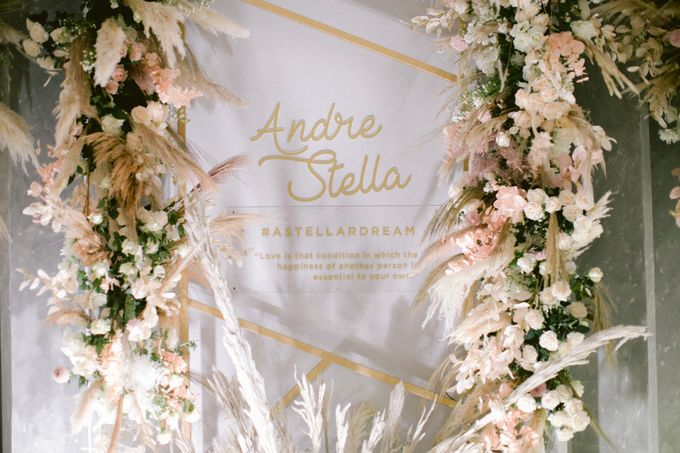 Wedding of  Andre and Stella by Holiday Inn & Suites Jakarta Gajah Mada - 025