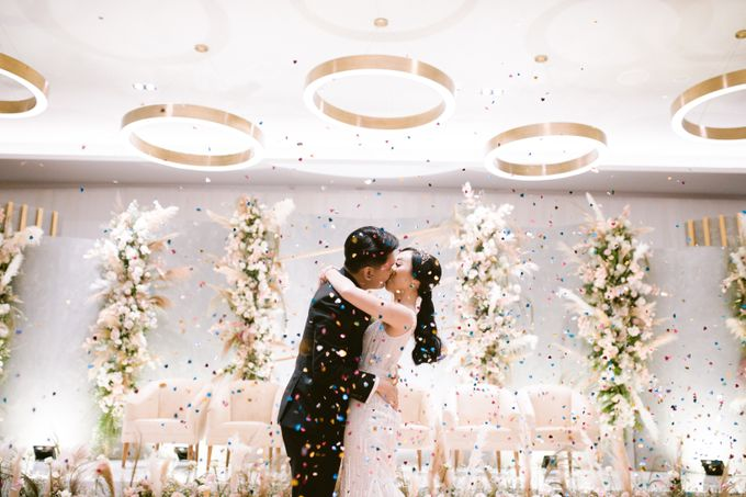 Wedding of  Andre and Stella by Holiday Inn & Suites Jakarta Gajah Mada - 050