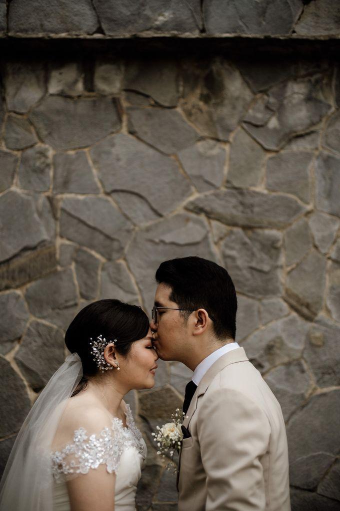 Andrew & Mercia Wedding at Whiz Prime Hotel Jakarta by AKSA Creative - 026