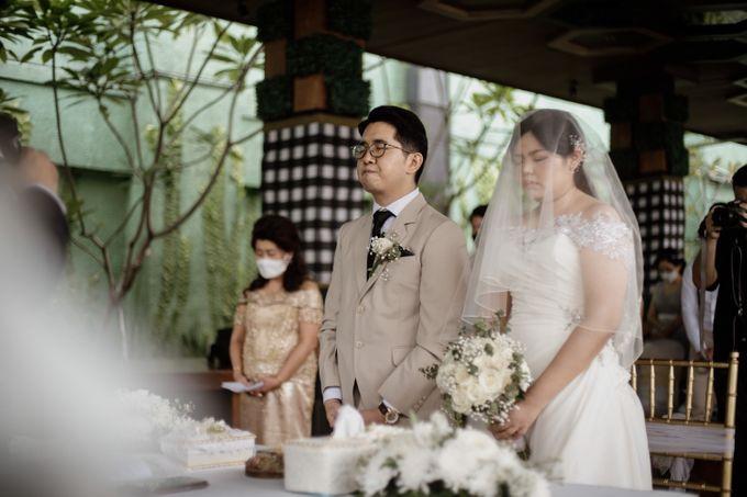 Andrew & Mercia Wedding at Whiz Prime Hotel Jakarta by AKSA Creative - 034
