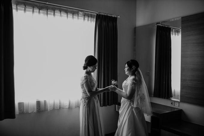 Andrew & Mercia Wedding at Whiz Prime Hotel Jakarta by AKSA Creative - 018
