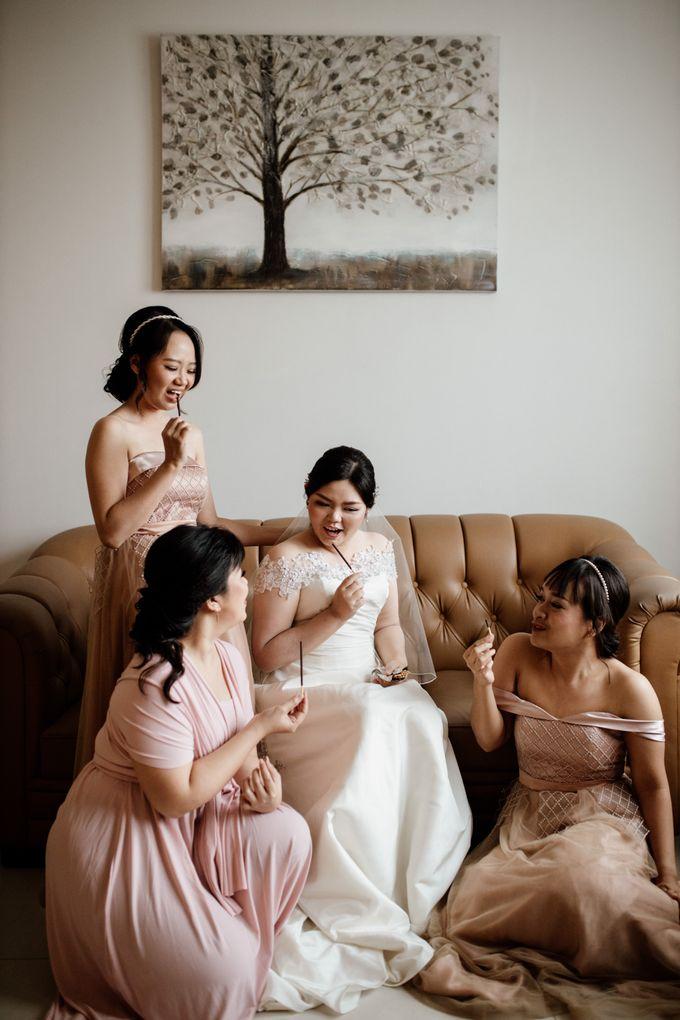 Andrew & Mercia Wedding at Whiz Prime Hotel Jakarta by AKSA Creative - 017