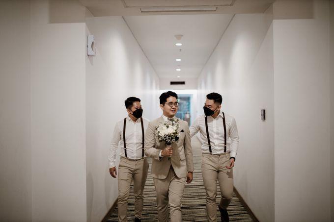 Andrew & Mercia Wedding at Whiz Prime Hotel Jakarta by AKSA Creative - 016