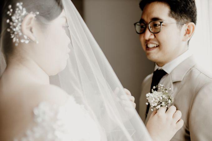 Andrew & Mercia Wedding at Whiz Prime Hotel Jakarta by AKSA Creative - 014