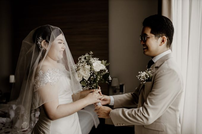 Andrew & Mercia Wedding at Whiz Prime Hotel Jakarta by AKSA Creative - 015