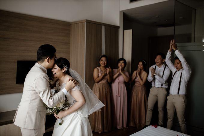 Andrew & Mercia Wedding at Whiz Prime Hotel Jakarta by AKSA Creative - 011