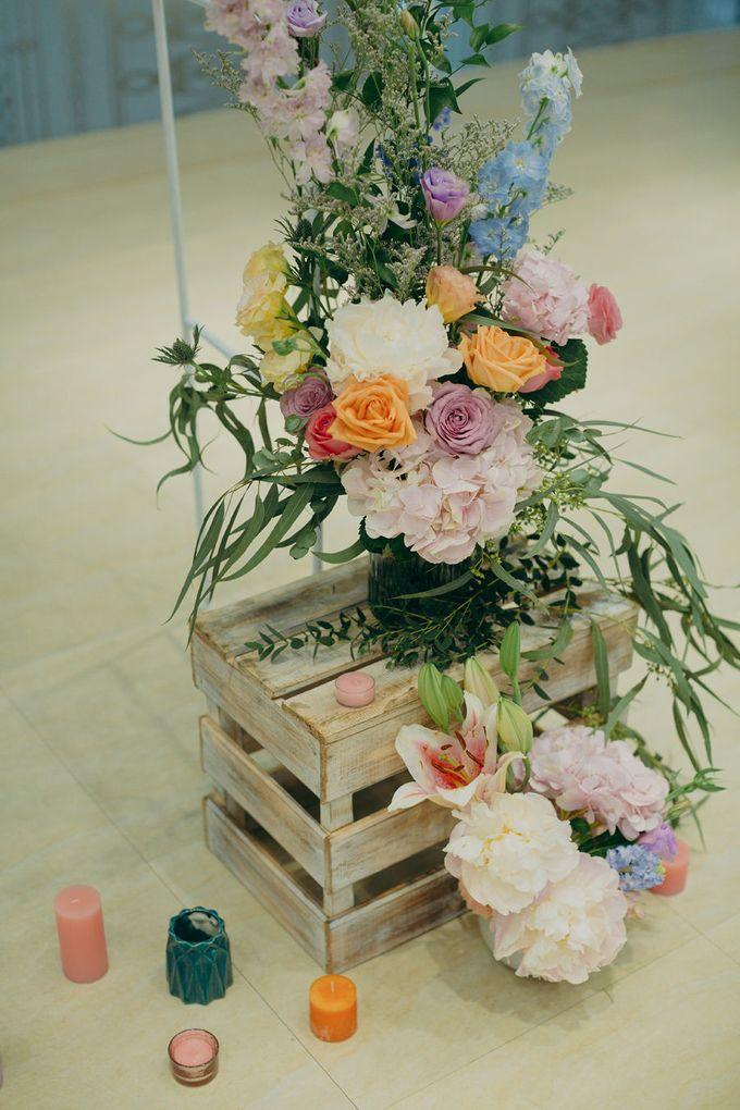 Pastel Rustic wedding ceremony at Imaginarium The Chapel by Eufloria - 015
