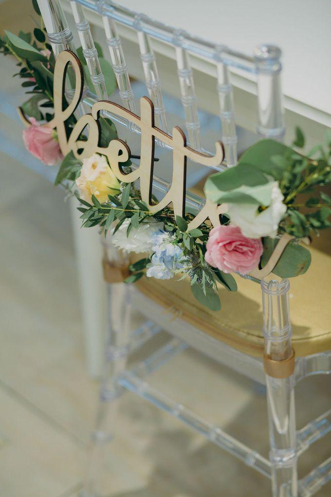 Pastel Rustic wedding ceremony at Imaginarium The Chapel by Eufloria - 023