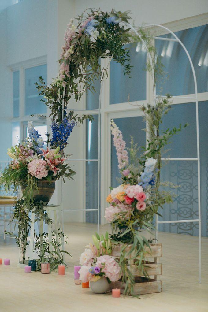 Pastel Rustic wedding ceremony at Imaginarium The Chapel by Eufloria - 025