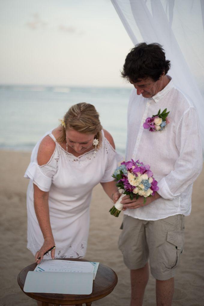 Vow Renewal Ceremony of Mr. Gavan Hood & Mrs. Maree Hood by Tijili Benoa Hotel - 006