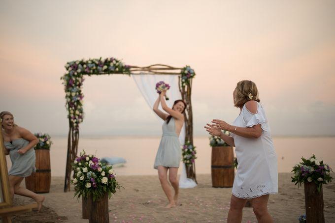 Vow Renewal Ceremony of Mr. Gavan Hood & Mrs. Maree Hood by Tijili Benoa Hotel - 010