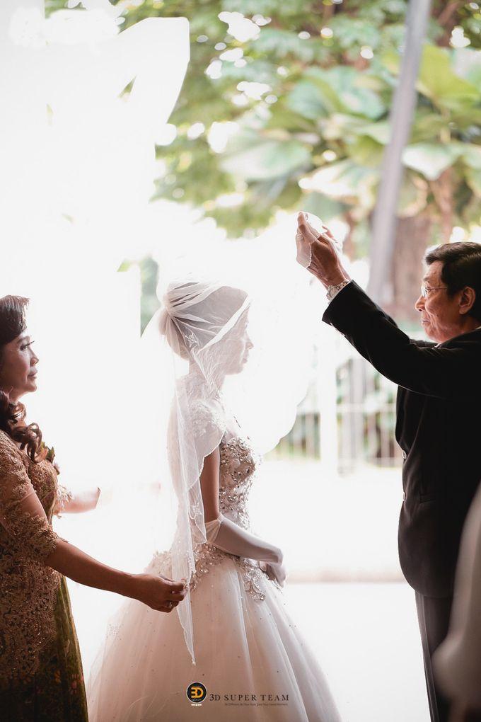 Courtessy Signature Wedding of Angela & Handy by ThePhotoCap.Inc - 014
