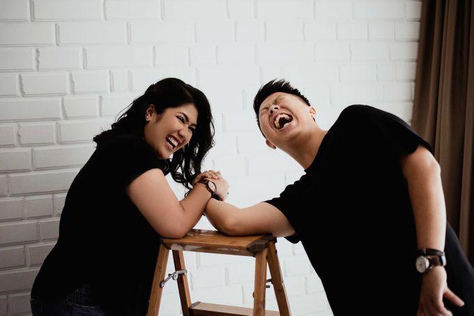 The Couple Session of Angga & Rona by We Make Memoir - 024