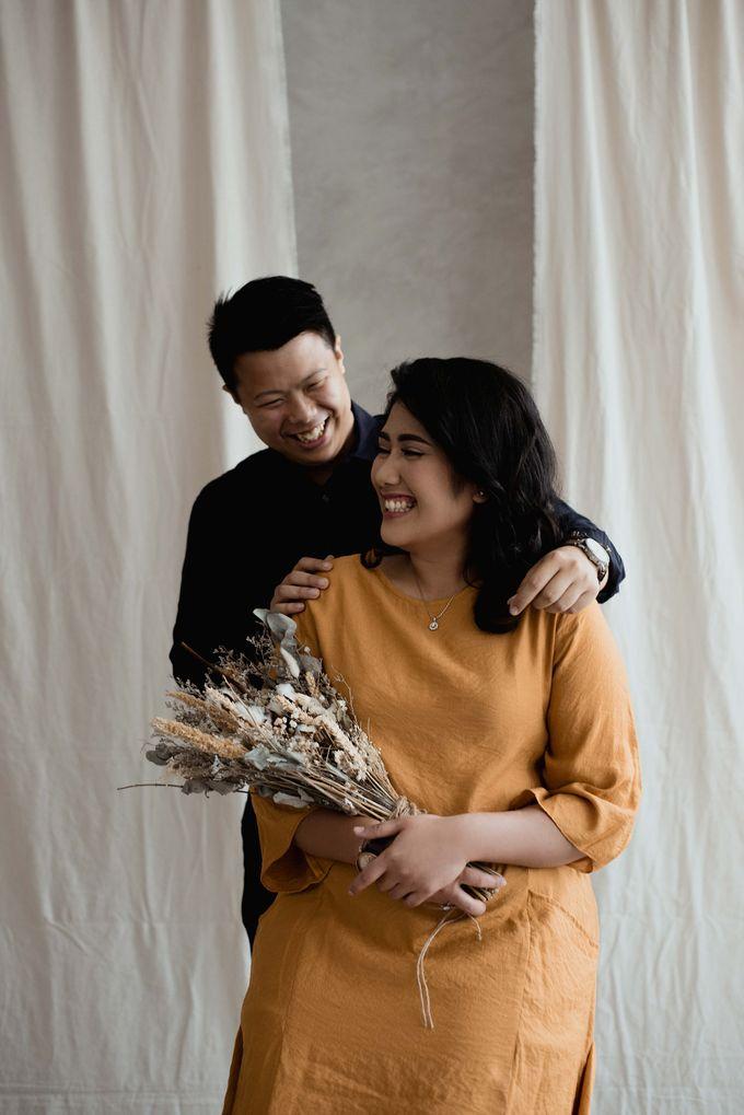 The Couple Session of Angga & Rona by We Make Memoir - 002