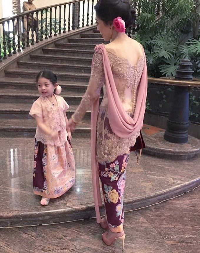 Nia & Jihan  by Anggi Asmara - 004