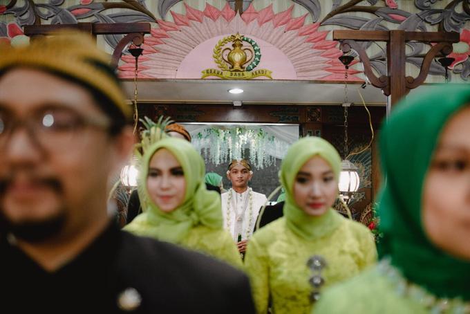 Dayu & Arief by Ans Wedding Service & Priyan Decor - 009