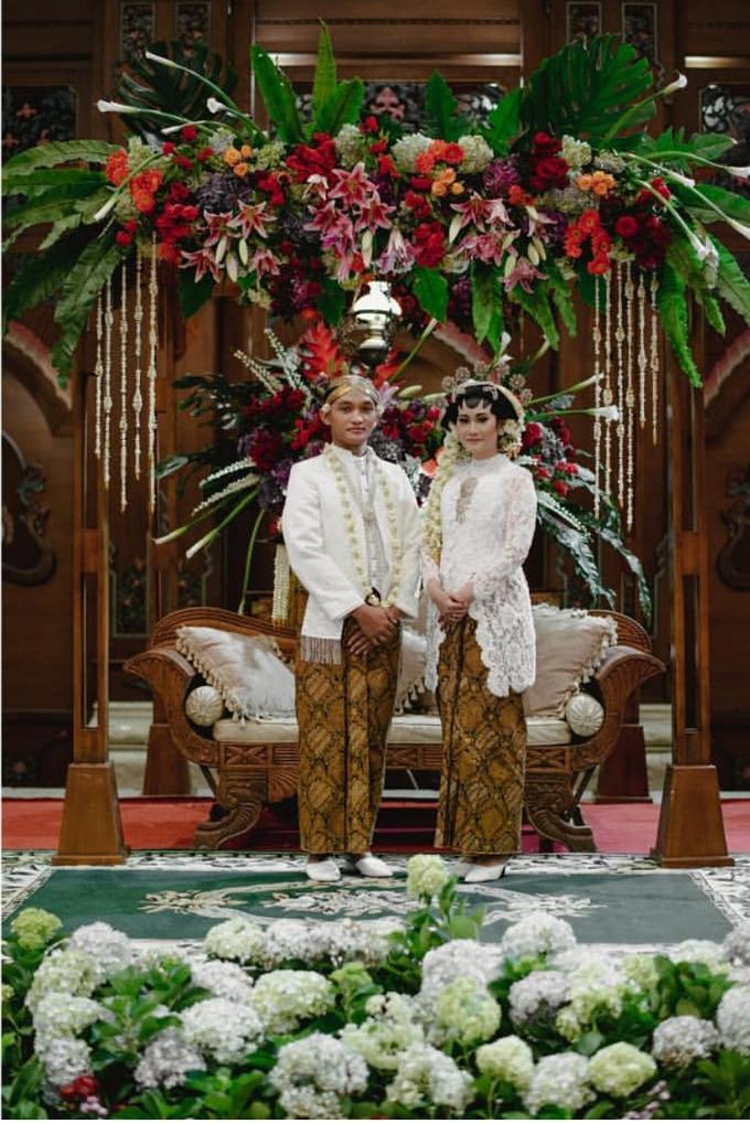 Dayu & Arief by Ans Wedding Service & Priyan Decor - 010