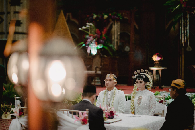 Dayu & Arief by Ans Wedding Service & Priyan Decor - 014