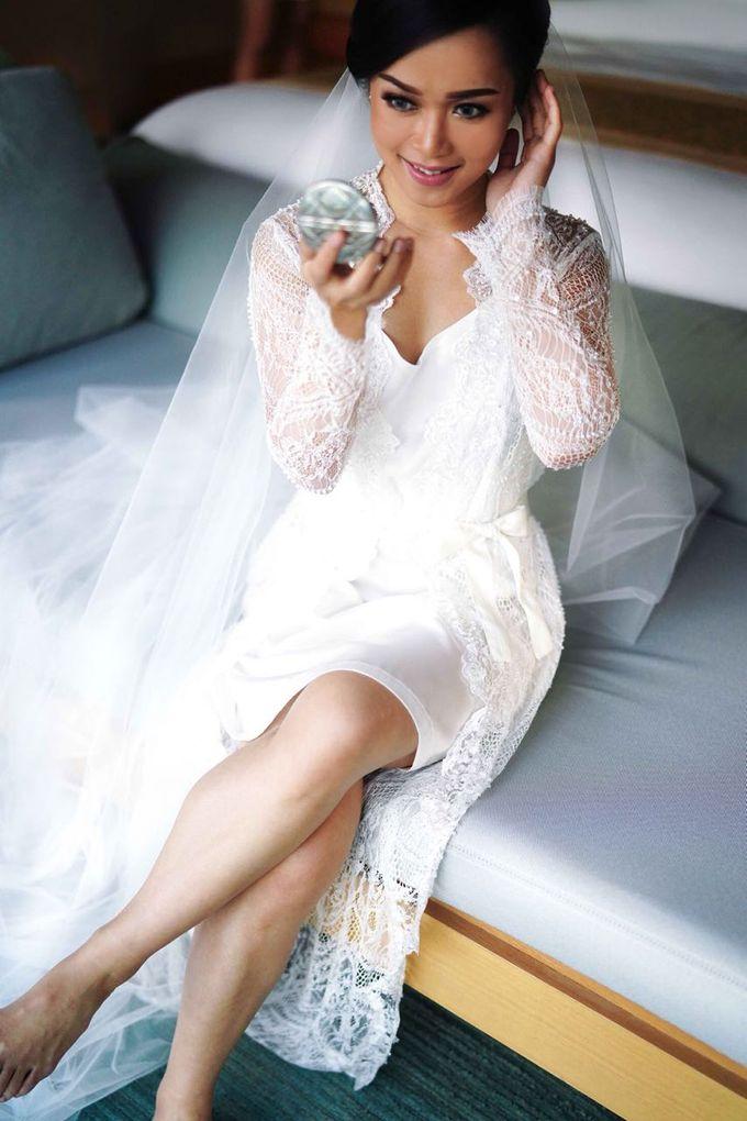 THE WEDDING OF ANDRES & REGINA - Morning Bridal Beauty Shoots by Meliana Make Up Artist - 004