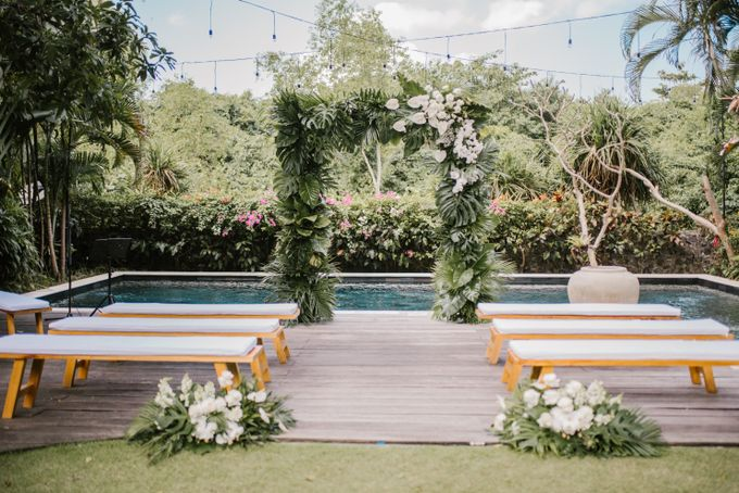 Simplicity Of Green and white by Dona Wedding Decoration & Planner - 004