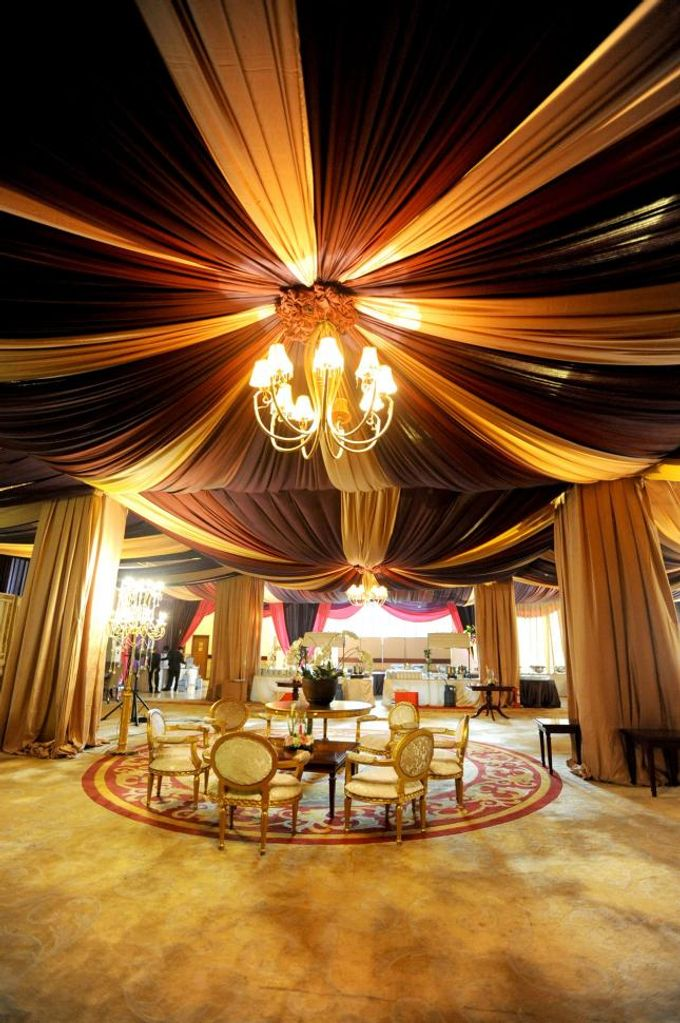 Jepara Executive Lounge Package by BALAI KARTINI - Exhibition and Convention Center - 004