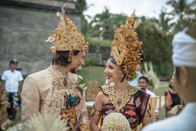 Balinese Wedding Ceremony by Puri Wulandari, A Boutique Resort & Spa - 018