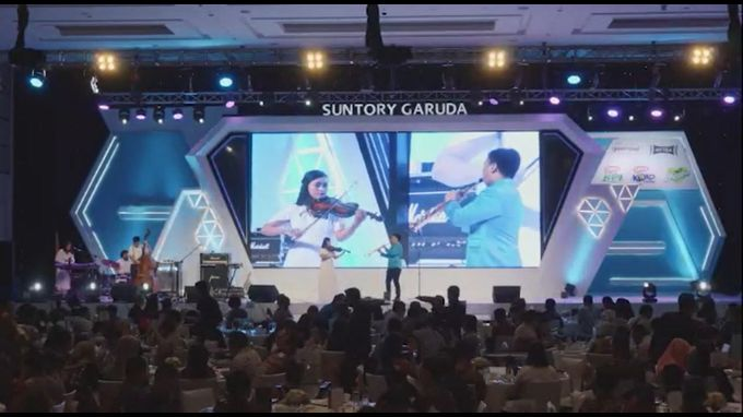 Desmond Amos Entertainment for Suntory Garuda Gala Dinner by Desmond Amos Entertainment - 007