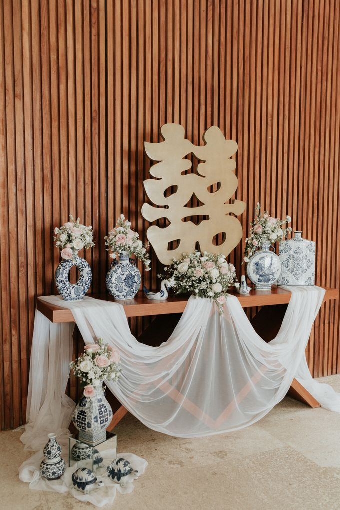Vintage Elegant Arrangement by Bali Wedding Atelier - 006