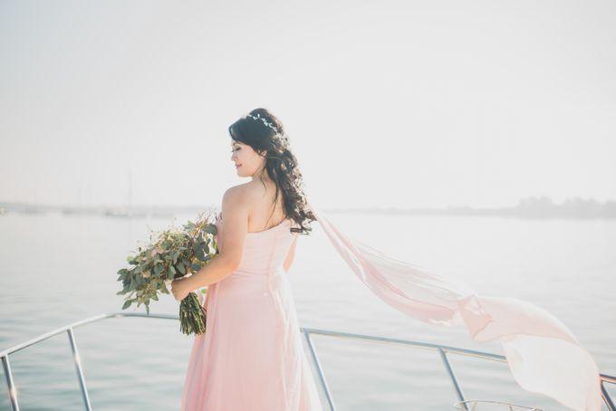 Tropical Island Pre-Wedding at Serangan by Honey Wedding & Event Bali - 004