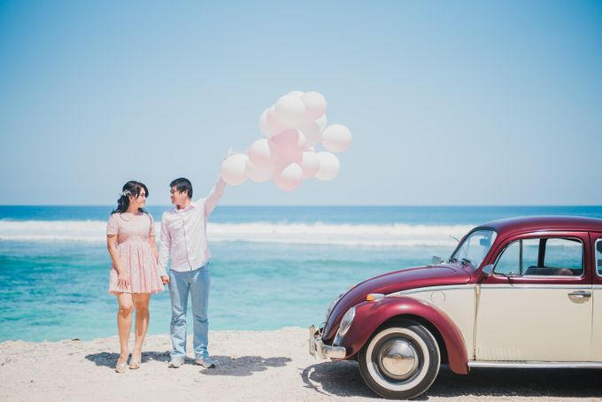Tropical Island Pre-Wedding at Serangan by Honey Wedding & Event Bali - 011
