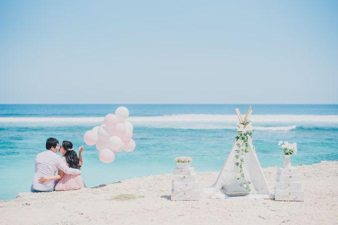 Tropical Island Pre-Wedding at Serangan by Honey Wedding & Event Bali - 010