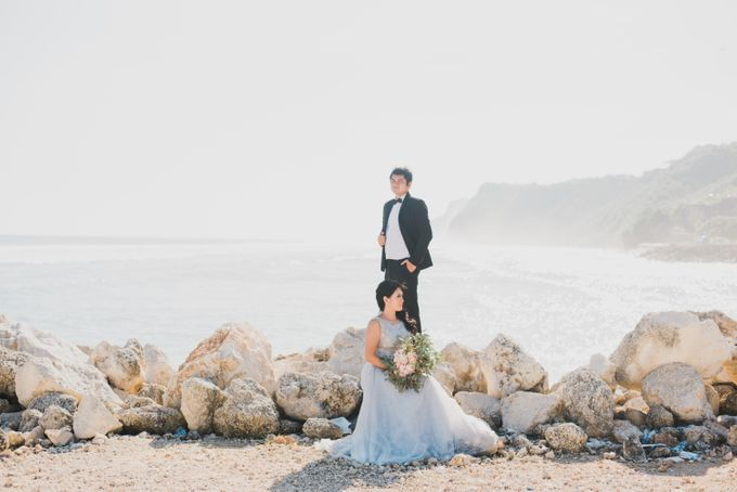 Tropical Island Pre-Wedding at Serangan by Honey Wedding & Event Bali - 021