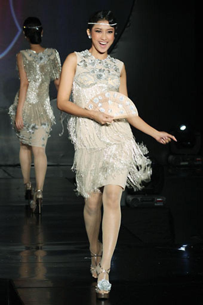 The Fringe by Barli Asmara Couture - 009