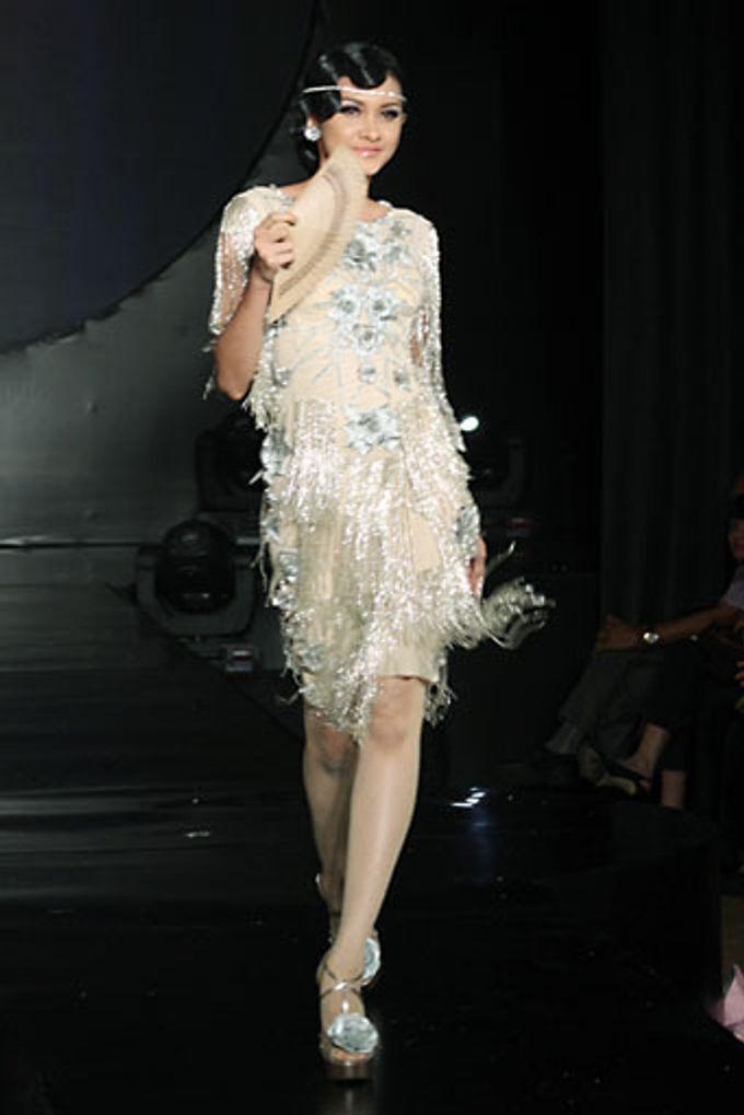 The Fringe by Barli Asmara Couture - 012