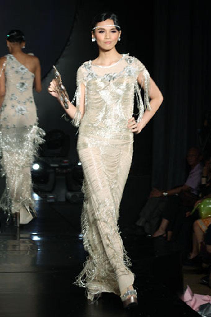 The Fringe by Barli Asmara Couture - 008
