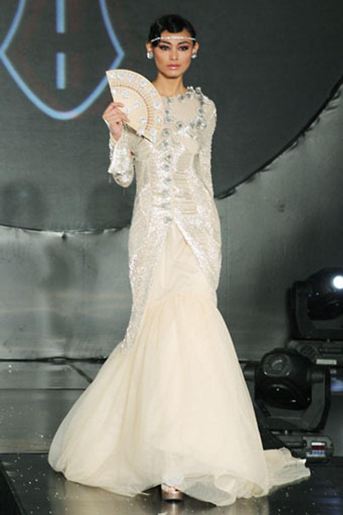 The Fringe by Barli Asmara Couture - 006