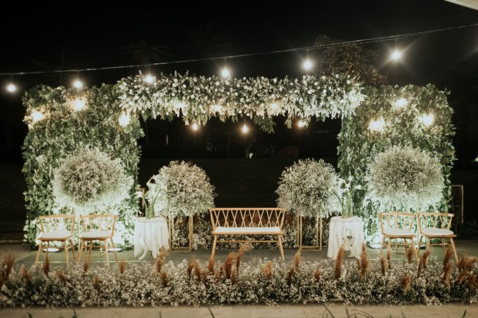 Arie & Syella by Royal Tulip Gunung Geulis Resort & Golf - 017
