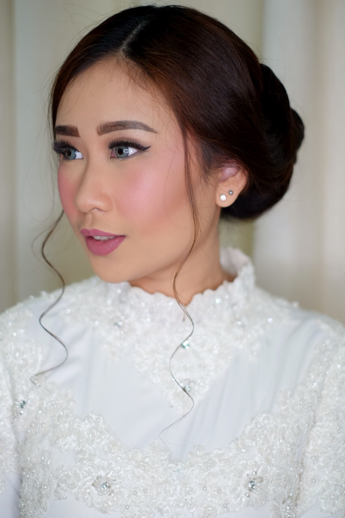 Holy Matrimony  by Arini Makeup Artist - 006