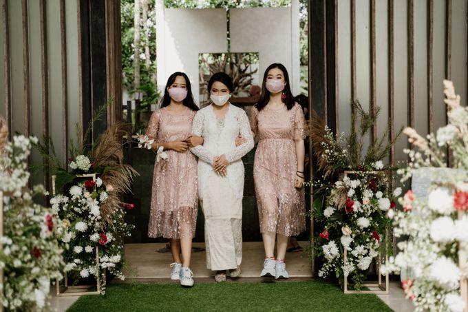 Ario & Abel Wedding at Azila Villa by AKSA Creative - 002