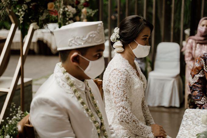 Ario & Abel Wedding at Azila Villa by AKSA Creative - 005