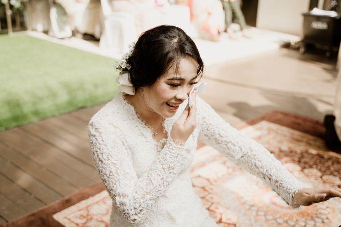 Ario & Abel Wedding at Azila Villa by AKSA Creative - 008