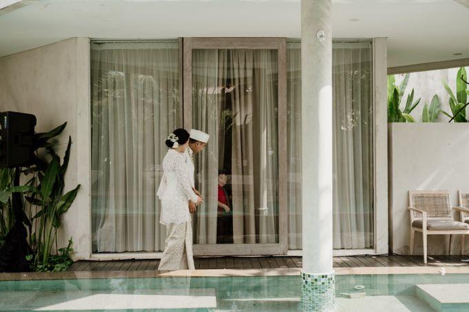 Ario & Abel Wedding at Azila Villa by AKSA Creative - 009