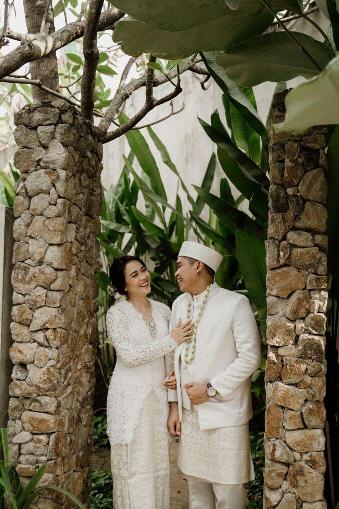 Ario & Abel Wedding at Azila Villa by AKSA Creative - 012