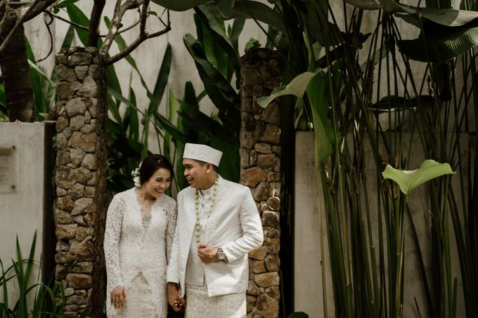 Ario & Abel Wedding at Azila Villa by AKSA Creative - 013