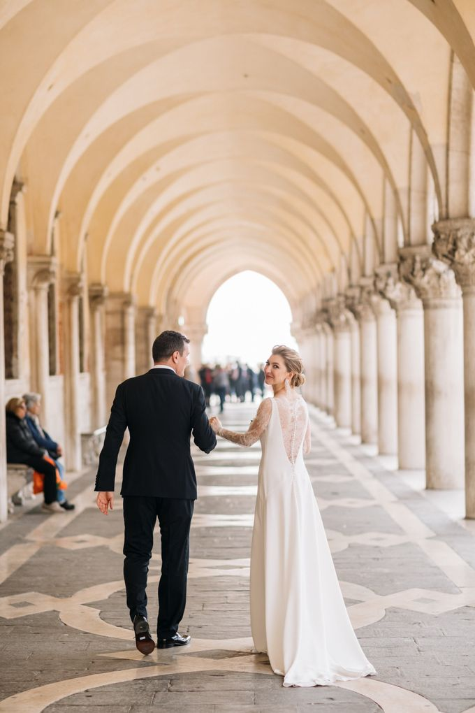 Romantic Wedding in Venice by Bridal Luxury Beauty Service - 022