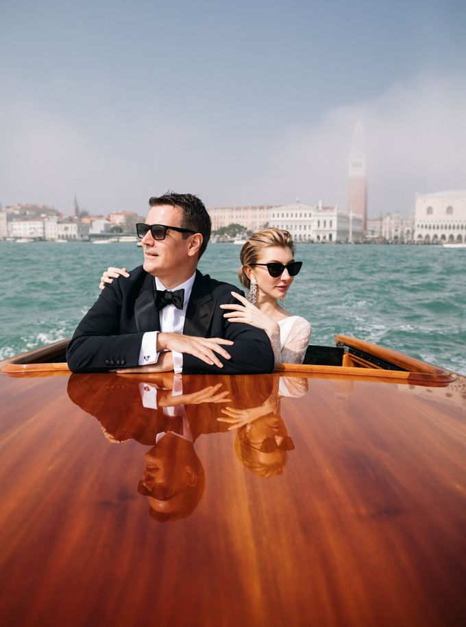 Romantic Wedding in Venice by Bridal Luxury Beauty Service - 017