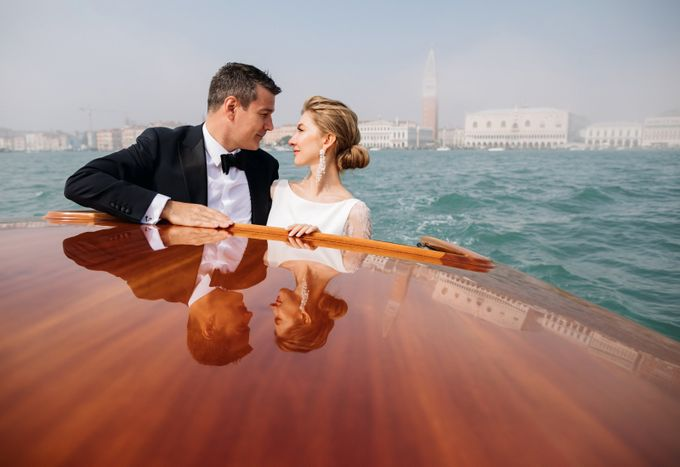 Romantic Wedding in Venice by Bridal Luxury Beauty Service - 016